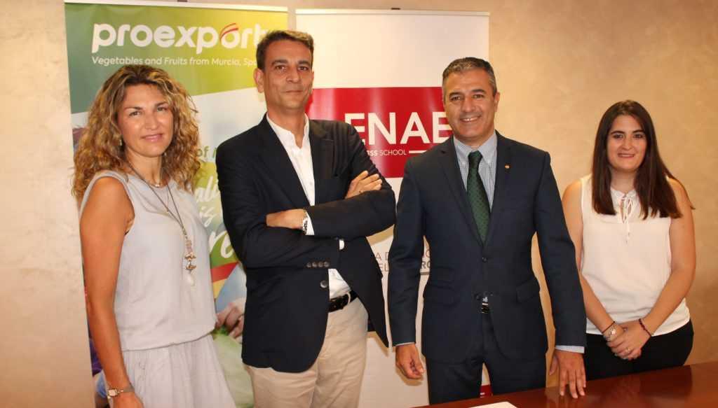 Olga Sabater (ENAE Alumni), Miguel López (director de ENAE), Fernando P. Gómez (director de Proexport) y Natalia López (RSC Proexport).