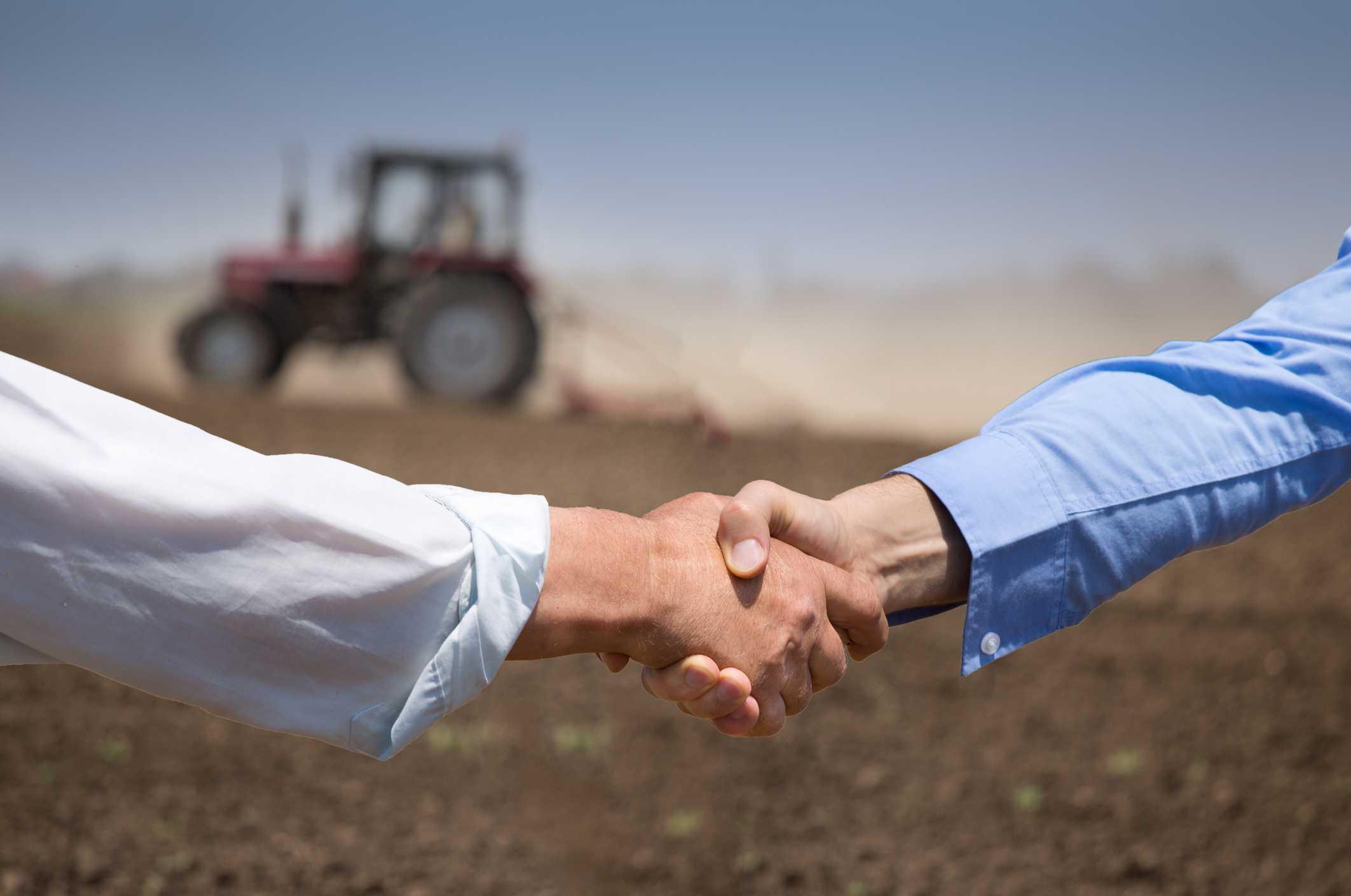 Proexport pide al consejero de Agricultura dar prioridad a algunos aspectos agrícolas