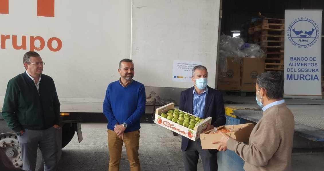 Proexport entrega 10.000 kilos de verduras al Banco de Alimentos